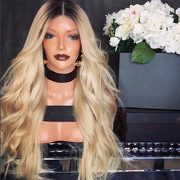 2020 perucas afro-americanas louras Venda quente Parte Do Meio Ombre Perucas Com Raízes Escuras Peruca Loira Sem Cola Perucas Dianteiras Do Laço Sintético Com o Cabelo Do Bebê Para Africano Americano perucas perucas afro-americanas louras barato