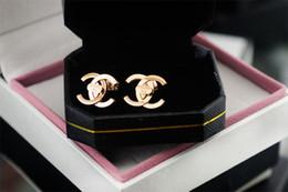 Wholesale pearl tassel earrings - Factory Price High Quality Luxury Pearl diamond Stud Earrings Fashion metal Letter Tassel Long earrings With Box