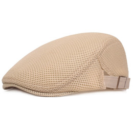 Berretto di duckbill online-Mens Breathable Mesh Summer Duckbill Hat Newsboy Beret Ivy Cap Cabbie piatto morbido W15