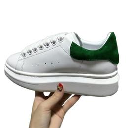 scarpe colorate colorate Sconti New Colorful Luxury Designer Comfort Casual Scarpe in pelle Uomo All Leather Sport Sneaker Personalità Trainer Dress Party Shoe Daily Runner