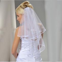 2018 elegante velo de novia 0.75 metros de largo velos de novia suaves con peine 1 capas de color blanco marfil novia accesorios BV002 desde fabricantes