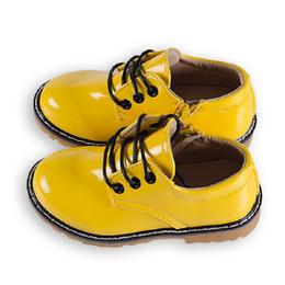 Botas de invierno caramelos online-Últimos otoño invierno niños zapatos altos de cuero botines niños Color de caramelo botas para la nieve niñas Martin botas chaussure enfant