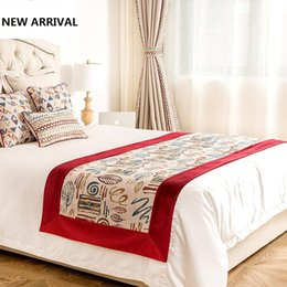 Wholesale Hotel Bedding Runner - Fashion Simple Jacquard Hotel Bed Runner Flag Hotel Bed Tail Towel Geometric Stripe Printed Bedspread Polyester Cover Towel