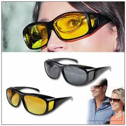 Gafas de visión nocturna online-HD Night Vision Driving Sunglasses Men Yellow Lens sobre Wrap Around Glasses Dark Driving UV400 Gafas protectoras contra el deslumbramiento CCA9268 60pcs