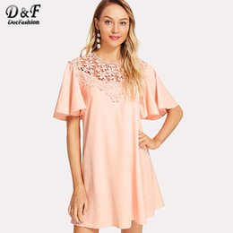 Wholesale Neck Yoke - Dotfashion Floral Lace Yoke Flutter Sleeve Dress 2018 Summer Pink Round Neck Casual Dress Woman Short Sleeve Appliques