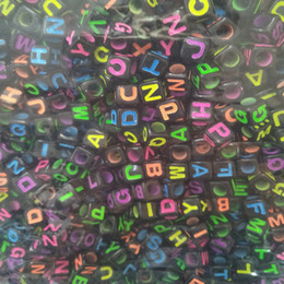 acrylic alphabet cube Promo Codes - Mixed Black Acrylic Alphabet Beads Colorful Letters Cube Beads For Jewelry Making 6x6mm 7x7 10x10mm Pick Size 100pcs lot