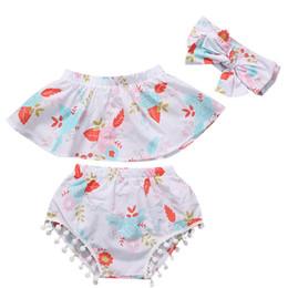 Venta caliente verano 3 piezas ropa recién nacida bebé niñas floral fuera del hombro tops chaleco + pantalones cortos calzoncillos trajes ropa de niña 0-24 m desde fabricantes