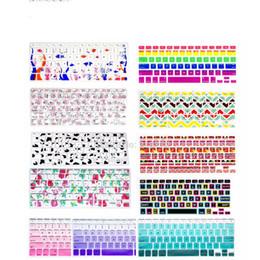 Copertina della tastiera retina macbook pro online-Copertura antipolvere silicone fiore arcobaleno tastiera inglese copertura proteggi tastiera per MacBook Pro 13 15 17 retina d'aria US