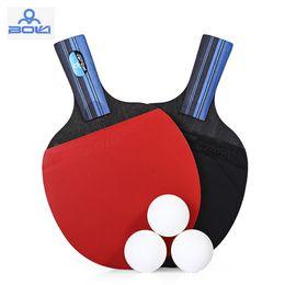 40d910d2c Conjuntos de raquete de Tênis de mesa 1 par de Borracha raquetes De Tênis  De Mesa 3 pcs bolas de ping pong 2 camadas de Carbono + 5 camadas Rawwood  fundo ...