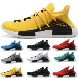 chaussures de course pour hommes Promotion adidas 2018 nmd Human Race Hu trail Chaussures de course Hommes Femmes Pharrell Williams Noyau d'encre noble jaune Black Red Runner Sneakers chaussures