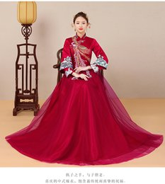 Wholesale oriental chinese dress - Oriental Bride's wedding dress Claret Long Sleeve Wedding Cheongsam Evening Dresses Chinese Style Embroidery Phoenix gown