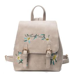 Nouveau 2018 femme sac à dos brodé en cuir PU mode ethnique coloré fleurs brodées double sac à bandoulière en gros livraison gratuite ? partir de fabricateur