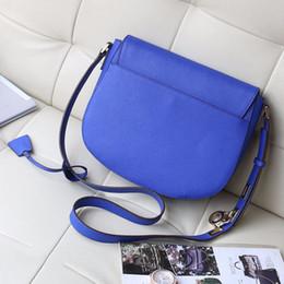 2018 nouvelle livraison gratuite sacs à main de qualité parfaite pour les femmes Europe rétro sac à bandoulière sac de selle serrure sac ? partir de fabricateur