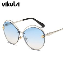 affd35966a Retro Round Cat Eye Sunglasses Women Brand Designer Letters Bee Metal Frame  Circle Hollow Sun Glasses Female UV400 Shades Oculos
