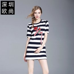 Wholesale Spandex Bodycon Dress Wholesale - Dress 2017 Summer New Pattern Embroidery Rose Stripe Temperament Lady Self-cultivation Thin Package Buttocks A Step Skirt