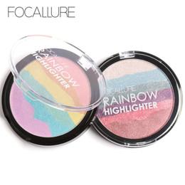 Радужный ярлык онлайн-FOCALLURE Rainbow Highlighter Mineral  3D Face Shimmer Bronzer Highlighter Make-Up Rainbow Contours