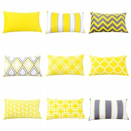 Venta al por mayor decoración para el hogar cubierta de terciopelo almohada amarillo gris funda de cojín geométrica 30 * 50 cm sofá coche almohada lumbar decorativa desde fabricantes