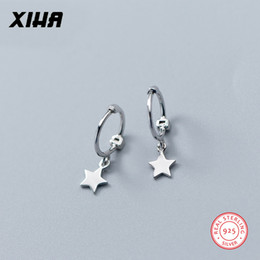 95c446b2ed1e XIHA 925 Sterling Silver Earrings para Las Mujeres Star Design Pequeño  Sterling Silver Hoop Earrings aretes de la boda joyería de moda 2018