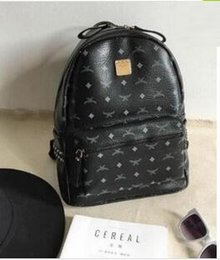 bbcb3193da5a 2019 рюкзаки для модниц дизайнер рюкзак летняя мода женщины школьные сумки  горячий панк стиль мужчины рюкзак
