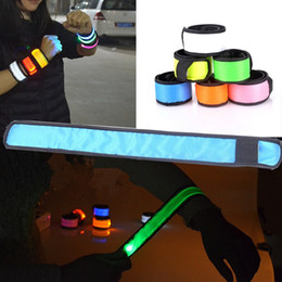 Party-arm-bands online-LED-Armband Armband Warnband Armband LED-Licht Radfahren Nachtlauf Sport Band Party Arm Gürtel Party Supplies T2I135