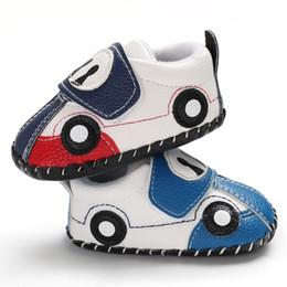 2019 scarpe auto per i ragazzi Cute Baby Shoes PU Leather Boy Girls Soft Suola antiscivolo Magic Tape Primavera Autunno infantile Prewalker Cartoon Car primi passi del bambino scarpe auto per i ragazzi economici