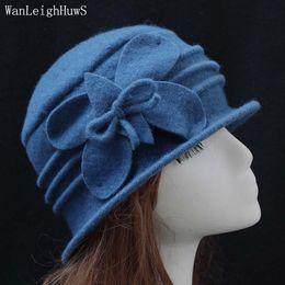 bowknot Nuevo sombrero de lana 100% de primavera y otoño invierno sombrero  femenino flojo de mediana edad Mujeres europeo domo de marea Sombreros de  fieltro ... 6653e99ac78