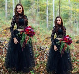 Schwarze spitze tulle spitze online-2018 2 Pieces Gothic Black Colorful Wedding Dresses With Lace Top Tulle Skit Floor Length Boho Informal country garden Bridal Gowns