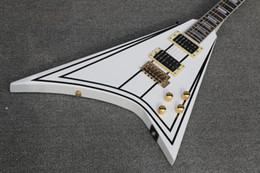 Battant v guitare blanche en Ligne-En stock ! brinkley custom shop Vente de Wylde Flying - Guitare électrique en forme de V en stock