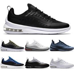 Top Mens Designer Axis 98 Scarpe da corsa Triple s Nero Bianco Deep Blue  Cool Grigio Uomo Donna Casual Sport Sneakers taglia 36-45 le cime blu delle  donne ... 9b1280ad64e