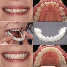 Kit de blanqueamiento de dientes online-Dale una sonrisa perfecta Dientes dentales Blanqueamiento Corrección oral de los dientes Para carillas de dientes malos Productos para el cuidado bucal Snap On Smile