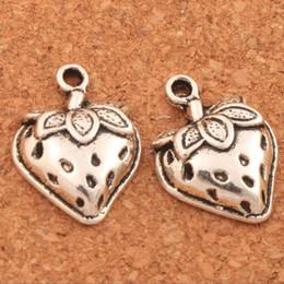 Strawberry jewelry silver online-200pcs / lot Erdbeere mit Blatt-Distanzscheiben-Charme bördelt 14.5x19.8mm tibetanische silberne Anhänger-Legierungs-handgemachten Schmucksachen DIY L930