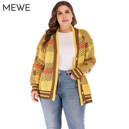 Suéteres cardigan amarillo para mujer online-Suéteres para mujer 2018 Winter Plaid Gingham Pattern Casual con cuello en v manga larga Otoño Mujeres Cardigan Amarillo de punto suéter coreano