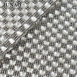 Maille en strass en strass en Ligne-JUNAO 24 * 40cm Hotfix Strass En Verre Clair Garniture Mesh Carré Cristaux Applique Strass Tissu Feuille Pour DIY Vêtements Bijoux