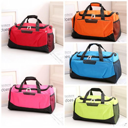 Fashion Sports Gym Bag Large Capacity Waterproof Luggage Handbag For Men  And Women Outdoor Fitness Training Duffle Bag 26zx BB 0ba0fb6c9e337