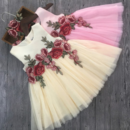 Wholesale chinese princess girl costume - Baby Kids Clothing 2018 Summer vintage Flower girl dresses Spring children embroider Lace ball gowns Tutu princess costume gauze skirt dress