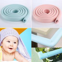 2019 mesa em forma de u Coxim macio do protetor da espuma da borda do canto da segurança do bebê da forma de 2M U para a tabela de vidro YH-17 mesa em forma de u barato