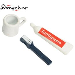 Wholesale Dollhouse Cups - Wholesale- Dongzhur Dollhouse Miniatures 1:12 Accessories Toothbrush Toothpaste Cup Set Doll House Bathroom Scene Accessories Toiletries