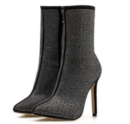 bbd795331b18 2018 Nouveau Automne Hiver Glitter Chaussures Femme Chelsea Bottes Sexy  Bout Pointu 11cm Mince Talons Haut Bottines Femmes Argent promotion sexy  talons ...