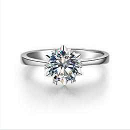 0. 5 CT Corte redondo solitario anillo de bodas en forma de nieve anillo de diamante sintético para nupcial plata esterlina joyería de las mujeres anillo oro blanco plateado desde fabricantes