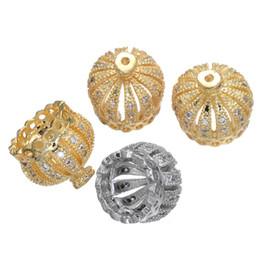 Accessoires de bricolage en gros pour la fabrication de boucles d'oreilles collier Micro Pave CZ strass 10mm couronne de cuivre Charmes Tassel Caps Résultats de bijoux Perle ? partir de fabricateur
