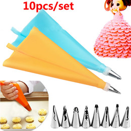 Wholesale Pipe Tools Supply - 10piece Set DIY Baking Pastry Cake Piping Tips Set Tool 8 Nozzle Tips+1 Pastry Bag+ 1 Converter Decorating Supplies Kit WX9-300