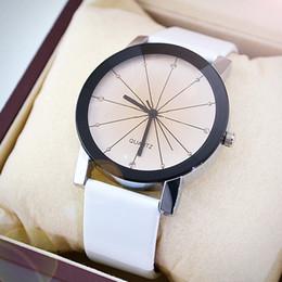 KEEP IN TOUCH Montres de couple pour les amoureux cadran horloge en cuir montre bracelet ronde affaire BK montre temps montre de luxe luxe montre homme ? partir de fabricateur