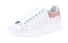 Wholesale white platforms - 2018 Mens Womens Fashion Luxury White Leather Black Back Platform Shoes Flat Casual Shoes Lady Black Pink Gold Women White sneakers
