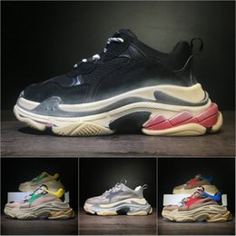 Wholesale Man S High Boots - 2018 Fashion Triple-S Designer High Quality Luxury Shoes Low Sneakers Men Women Shoes Red Yellow Blue Green Grey Sports Trainers Boots