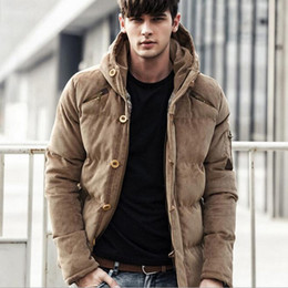 2019 capucha chaqueta de pana 2018 abrigos para hombre Parkas Corduroy gruesa capucha chaqueta masculina sólido cálido invierno hombres Parka chaqueta marca algodón pana acolchado abrigo capucha chaqueta de pana baratos