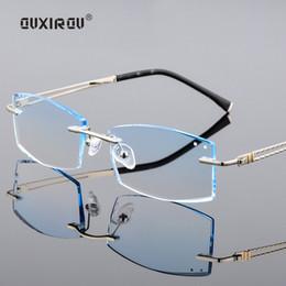 Diamante de Corte Sem Aro Óculos de Luxo masculino Tint Lentes De Olho  Óptica aparando óculos de titânio Homens Anti-azul luz s8800 aparador de  titânio ... 0eb468f29c