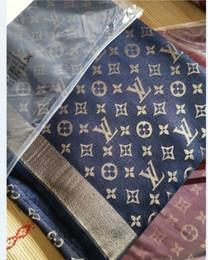 farbige chiffon-schals Rabatt Klassische Frauen Herbst und Winter Monogramm gedruckt Schal 140 * 140 Seide Wolle Schal elegante Frauen tragen warm