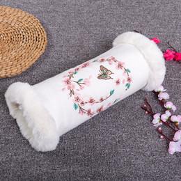 2019 girls hair materials Vintage chinesischen Stil Winter Mädchen Handwärmer Cony Haar Material Hand warme Kissen winddicht Outdoor Kissen Fall für Verkauf günstig girls hair materials