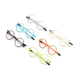 occhiali americani della ragazza Sconti 1PCS Occhiali rotondi a forma di occhiali colorati Occhiali da sole per BJD Blythe Doll As American Dolls Accessori per bambole