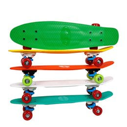 2019 mini bordo lungo 22.8 Inches 4 ruote in PVC Bambino Single Rocker Skate Board Fish Tavola lunga 58x15cm Mini Cruiser Professional Banana Boarding sconti mini bordo lungo